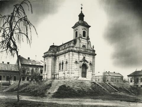 A szegedi Szent Rozália kápolna a Lechner téren