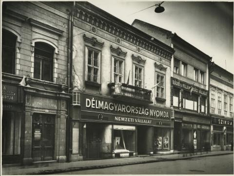 A Tisza Lajos (egykori Lenin) körút 9. lakóháza