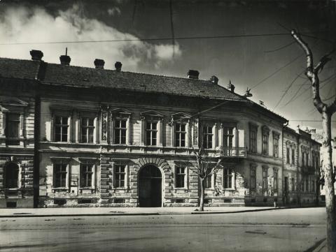 Az egykori Sztálin körút (ma Tisza Lajos körút) 29. számú lakóház