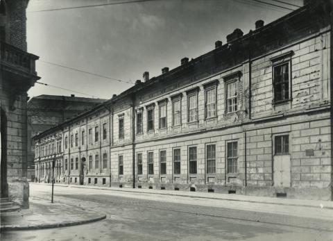 A szegedi Zrinyi u. 1-5. lakóházai