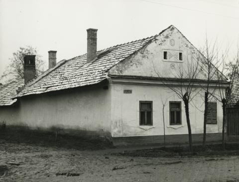 A békési Petőfi Sándor utca 47. szám alatti lakóház
