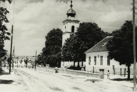 Balatonberényi Keresztelő Szent János-templom