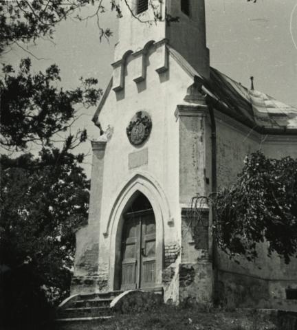Balatonboglár, Vörös kápolna a Sándorhegyen
