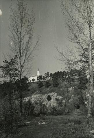 Balatongyörök, Szent Mihály-domb a Balatonpartról