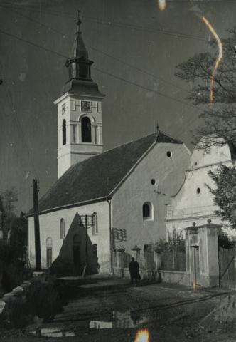 Balatonkenese, református templom és Táncsics u. 13.
