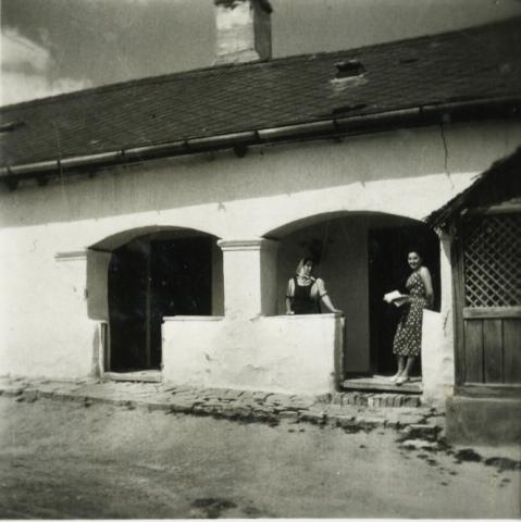 Balatonkenese, Kossuth Lajos u. 2.