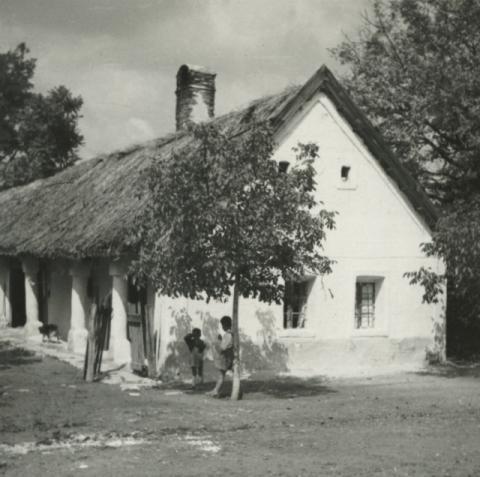 Balatonkenese, Kossuth Lajos u. 40.