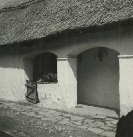 Balatonkenese, Ságvári u. 16.