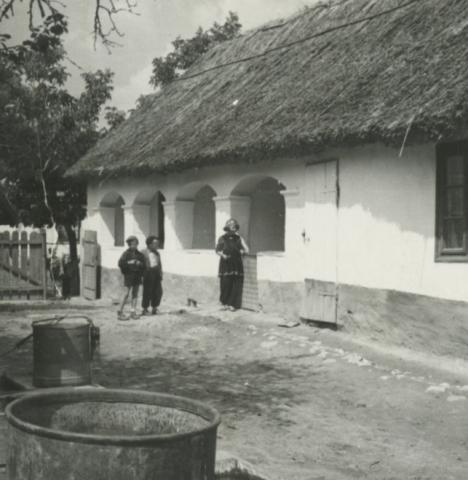 Balatonkenese, Somogyi B. u. 17.