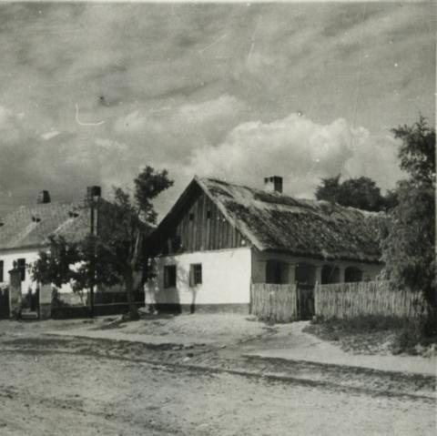 Balatonkenese, utcakép