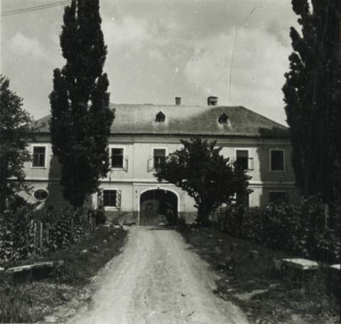 Badacsony, klasszicista lakóház