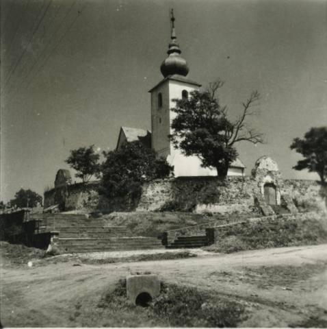 Vörösberény, református templom
