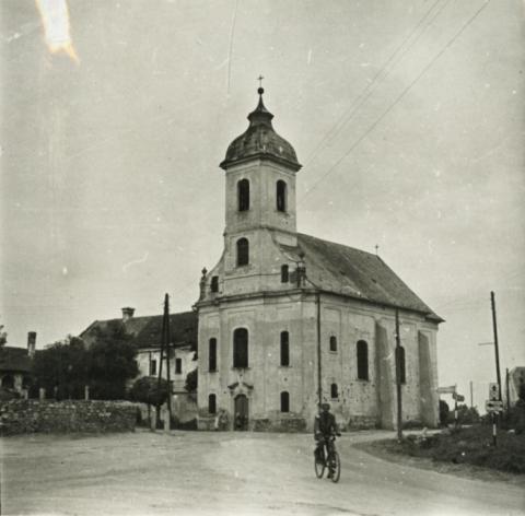 Vörösberény, római katolikus templom