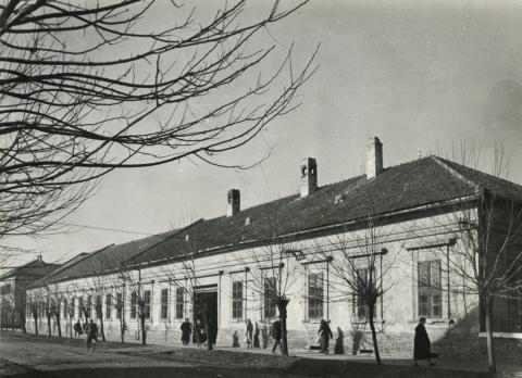 A békéscsabai Luther utca 1. szám alatti iskola