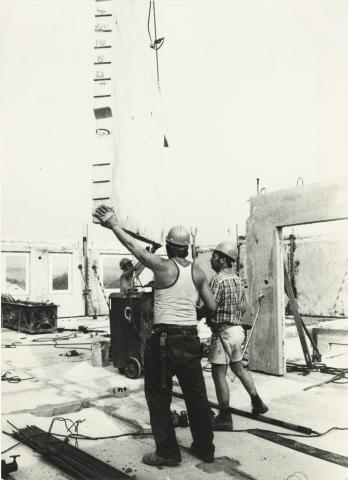 43. sz. ÁÉV, építkezés