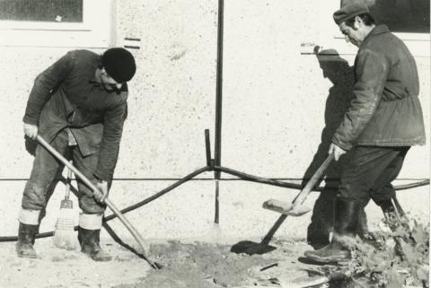Szőke Imre és Kubiczky Károly, a 43. sz. ÁÉV munkatársai