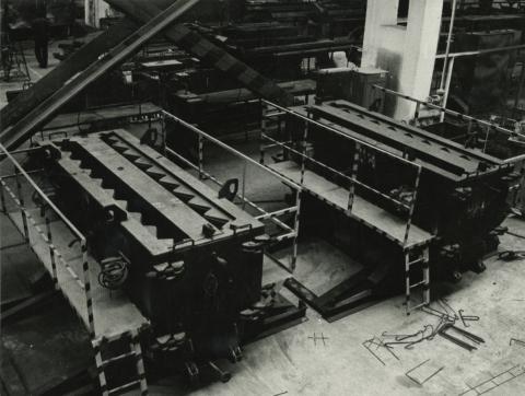Budapest , az I. sz. házgyár gyártócsarnoka