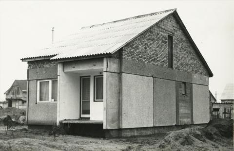 Dunakeszi, Jászai Mari úti családi ház