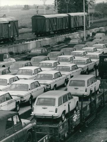 Vasúti autószállítmány