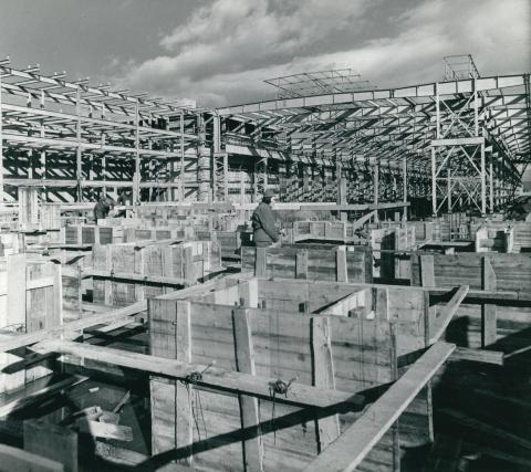 Az Ózdi Kohászati Művek rúd-és dróthengerművének építése